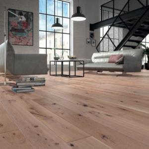 Deski podłogowe z ręcznie wykonanym fazowaniem - podłoga Królewski Pierścień 1 R Baltic Wood