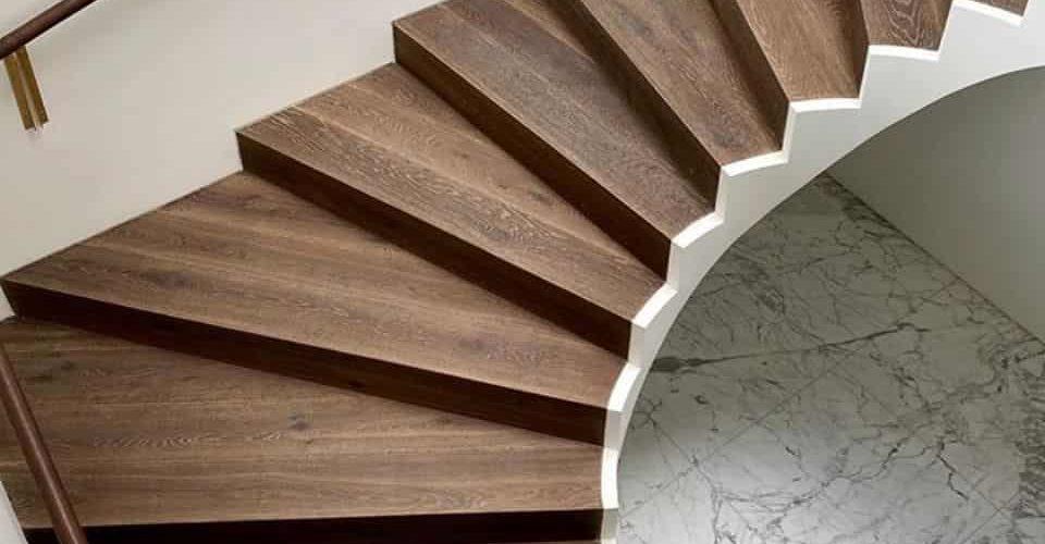 Schody z desek warstwowych Średniowieczny Zamek 1R Balic Wood