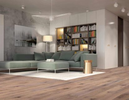 Drewno w salonie - aranżacja z podłogą Baltic Wood